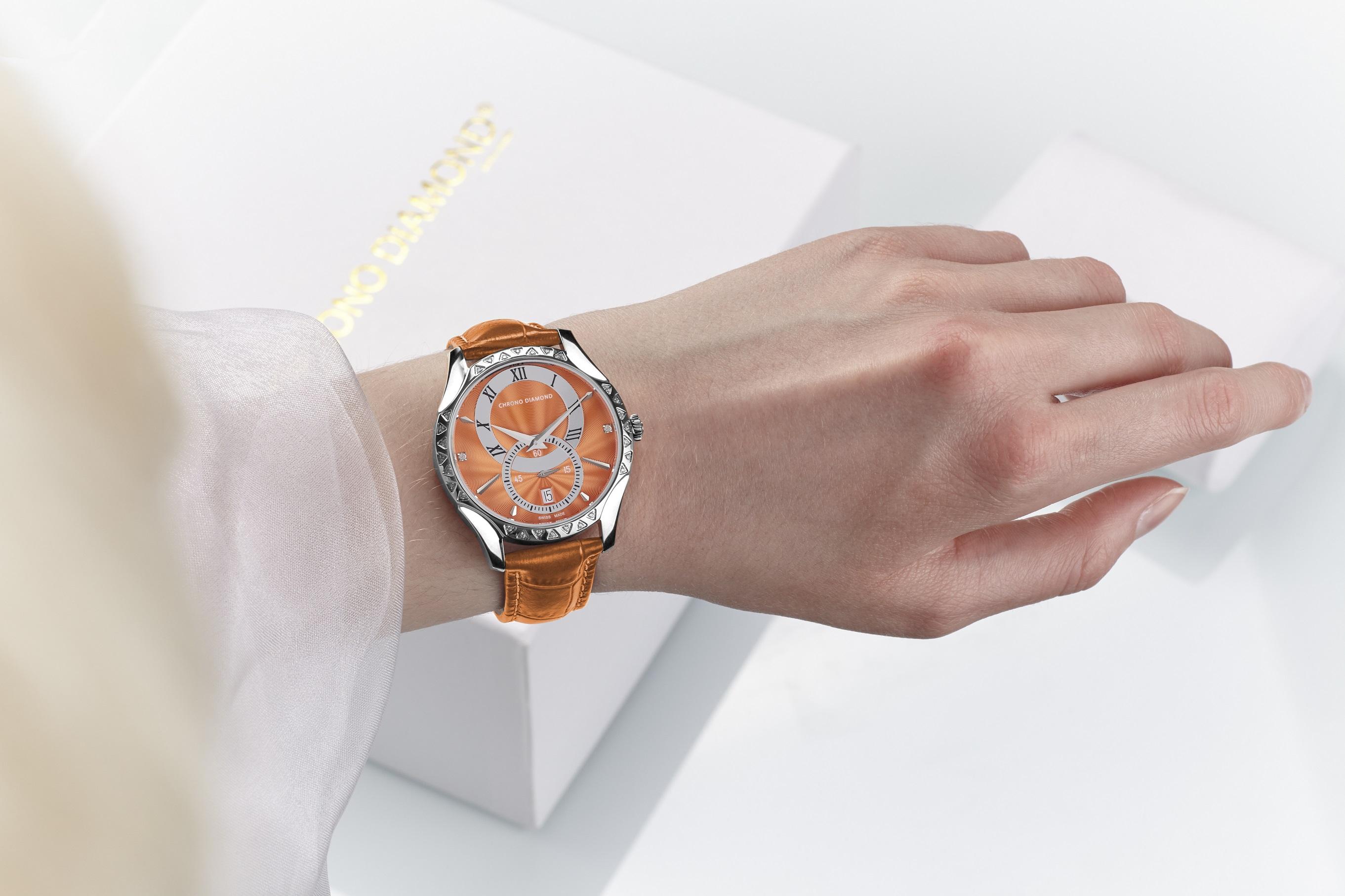 Skylla_stahl_orange_wrist