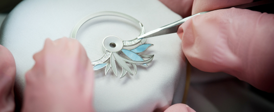 Eisblumen für's Handgelenk: Diamond Flower Amytis von Perrelet